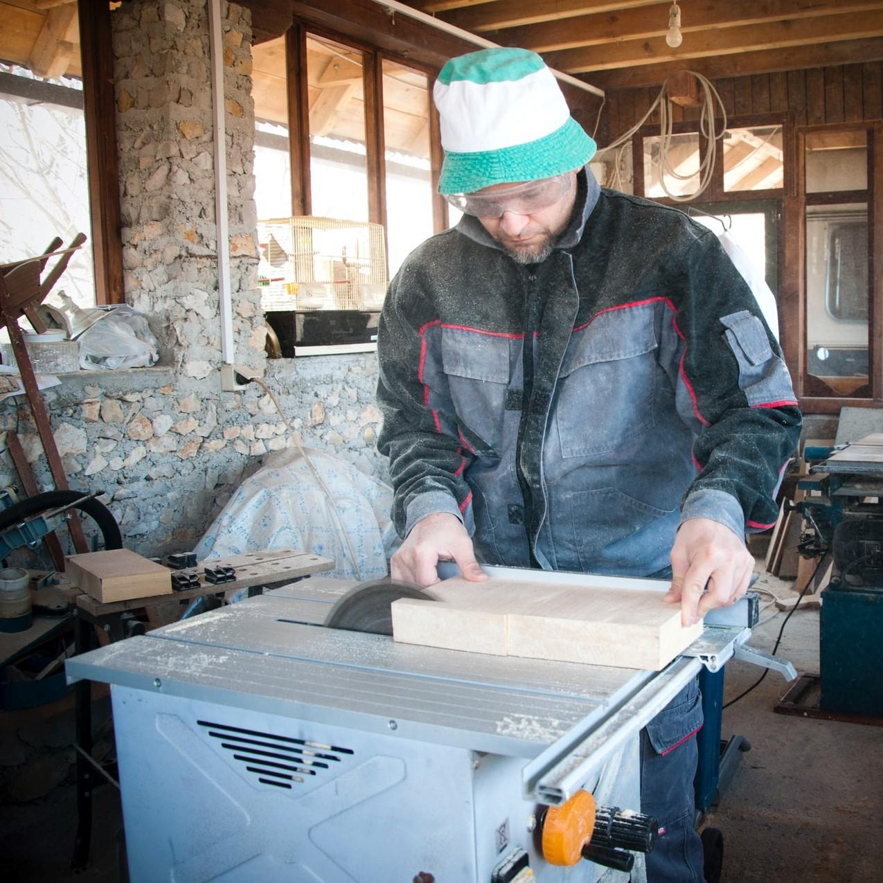 Holzstämme Verarbeitung